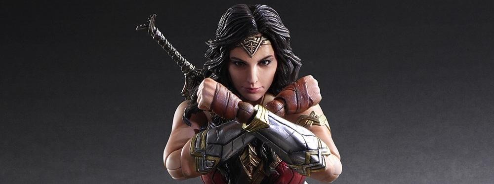 Play Arts Kai – Square Enix – Wonder Woman
