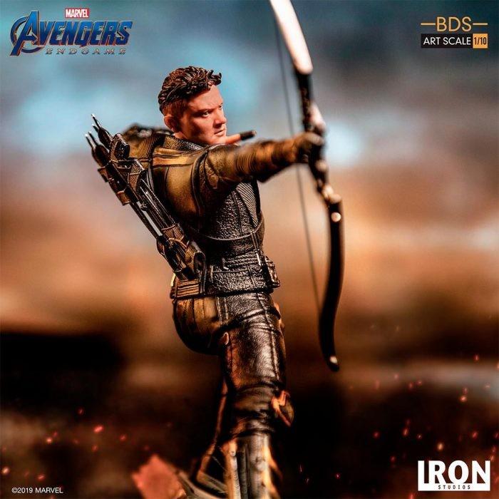 Iron Studios Hawkeye (Ronin) 1/10 da Avengers: Endgame