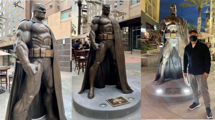 Una statua di Batman a Burbank in California!