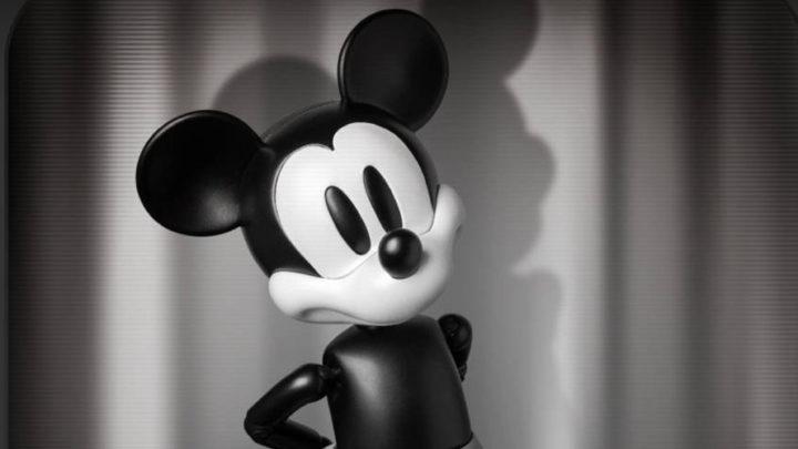 Mickey Mouse Classic Black and White da Beast Kingdom