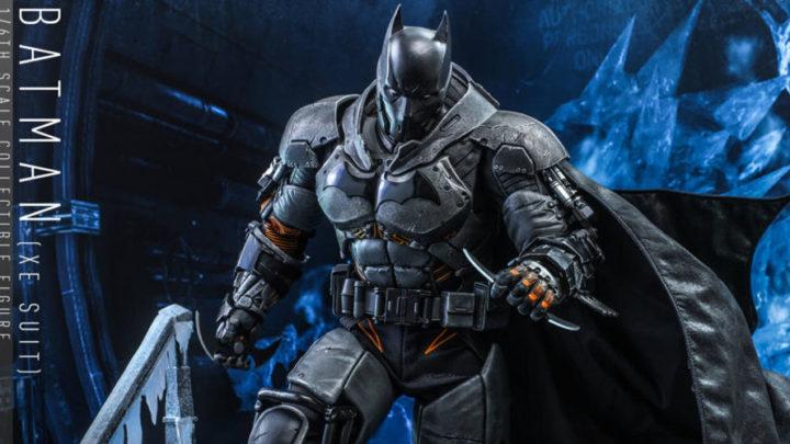 Direttamente dal  videogioco Arkham Origins Batman XE suit da Hot Toys